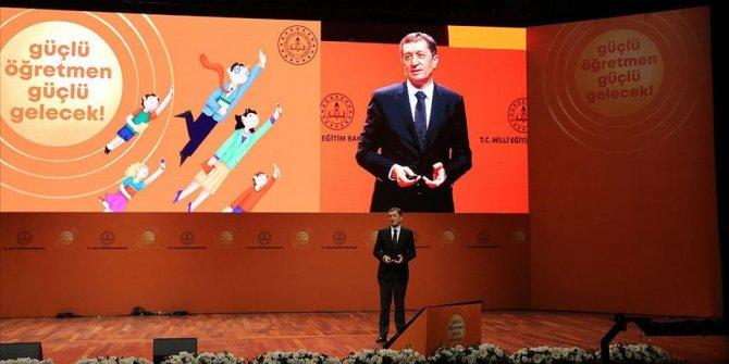 Milli Eğitim Bakanı Selçuk: 900 ilçede öğretmen destek noktası kurulacak