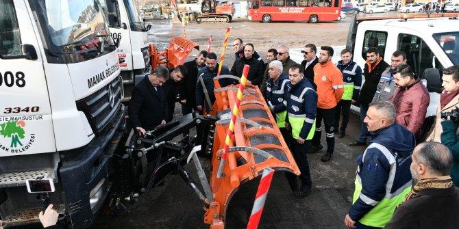 Mamak Belediyesi'nin hizmet filosuna 52 yeni araç
