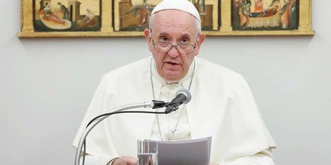 Papa, tacizle suçlanan başpiskoposun istifasını kabul etti