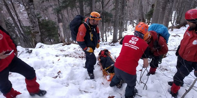Kayıp dağcıların cansız bedenlerine ulaşıldı