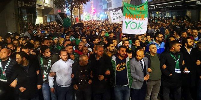 Bursaspor taraftarı, şehrin takıma sahip çıkması adına yürüdü