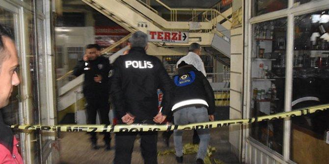 Asansör boşluğuna düşen kişi öldü