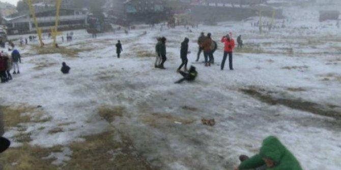 Uludağ'da vatandaşın kar hasreti