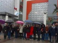 Doğa Koleji'nde maaş krizi devam ediyor: İzmir'de veliler eylem yaptı