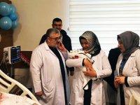 2020'nin ilk bebeğinin hediyesi Başkan Ertuğrul Çetin'den