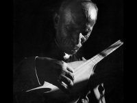 Aşık Veysel 'Uzun İnce Bir Yoldayım' başlıklı şiir dinletisiyle anılacak