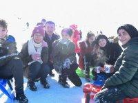 Altındağ'lı çocuklara eğlence dolu karne hediyesi