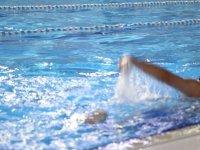 Gölbaşı Belediyesi Yarı Olimpik Yüzme Havuzu her gün misafirlerini ağırlıyor