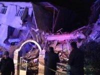 Elazığ'da 6,8 büyüklüğünde deprem: Ölü sayısı artıyor