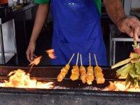 Güneydoğu Asya'nın şiş kebabı 'satay'