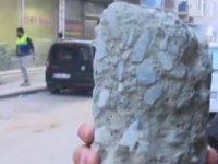 Elazığ'da binalardan kolon örnekleri alınıyor