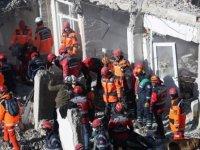 Elazığ depreminden görüntüler