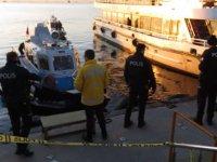Kartal'da denizden ceset çıktı