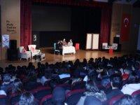 Etimesgut'taki liseler için bilinçlendirme tiyatrosu sahneleniyor