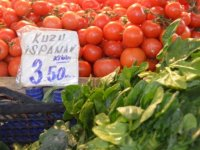 Hal'de 3,5 lira, marketlerde 6-7 lira