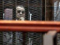Eski Mısır Cumhurbaşkanı Mübarek öldü