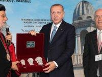 İstanbul Süryani Kadim Vakfı'ndan Milli Dayanışma Kampanyası'na 100 bin lira bağış