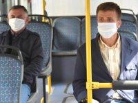 Toplu taşıma araçlarında ücretsiz maske dağıtımı başladı