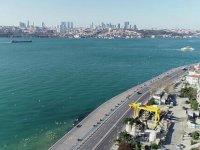 İstanbul Boğazının rengi yine değişti