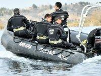 Ankara İtfaiyesi su altı arama kurtarma ekiplerini yetiştiriyor