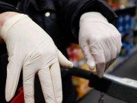 Maske ve eldivenlerin çıkarıldıktan sonra hemen çöpe atılmaması uyarısı