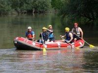 Adrenalin tutkunlarına raftingde 'sosyal mesafe' düzeni