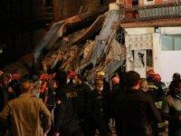 Erzurum'da çöken bina, mahallede paniğe yol açtı