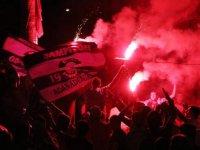 Adana Demirspor'a galibiyet sonrası coşkulu karşılama
