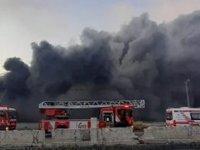 Başakşehir'de bant üretimi yapan fabrikada yangın