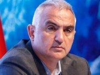 Bakan Ersoy Almanya'da Türkiye'nin turizm hazırlıklarını anlattı