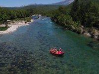 Rafting heyecanına 'sosyal mesafe' düzenlemesi