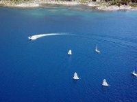 'Yeryüzü cenneti' Nemrut Krater Gölü'nde bisiklet turu ve yelken etkinliği
