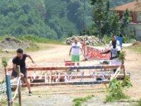 Rizeli gençlerin hazırladığı yarışma parkurundaki ekipmanlar yakıldı