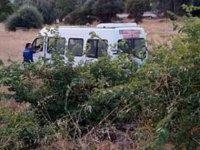 Tarım işçilerini taşıyan servis minibüsü devrildi: 18 yaralı