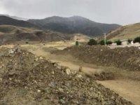 Erzincan'da sağanak sonrası derelerden çamur aktı