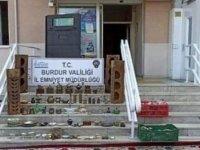 Burdur'da 76 parça ev eşyası çalan 2 kardeş tutuklandı