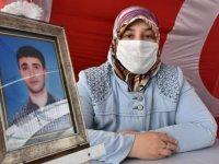 Diyarbakır annelerinden Elhaman: Çocuklarımızı PKK'ya esir etmeyeceğiz