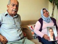 Terör örgütü PKK'nın kaçırdığını iddia ettikleri kızlarının yolunu gözlüyorlar