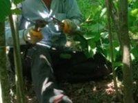 Fotoğraf çektirdiği bahçede 2 gün sonra kalp krizinden öldü
