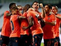 Medipol Başakşehir'de 23 futbolcu Süper Lig'de ilk şampiyonluğuna yakın