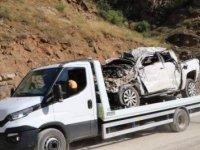 Hakkari'de minibüs, şarampole devrildi: 6 ölü, 1 yaralı