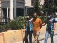 Taksim'de değnekçilik yapan 1 kişi yakalandı