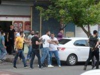 Diyarbakır'da işportacıların yer kapma kavgası: 5 yaralı