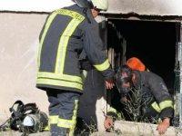 Kayseri'de çocukların ateşle oyununda 2 kişi dumandan etkilendi