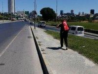 Oğlu öldürülen anne Ankara'ya yalın ayak yürümeye başladı
