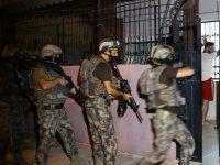 Adana'da organize suç örgütü operasyonunda 35 adrese baskın: 23 gözaltı