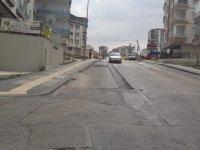 """Mahalle'nin asfalt isyanı """"Yama değil Asfalt istiyoruz"""""""