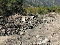 Yol çalışmasında mezarların tahrip edildiği iddia edildi