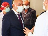 Başkan Altınok'tan sağlıkçılara destek ziyareti