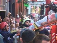 Beyoğlu'nda çatıdan düşen kadın ağır yaralandı